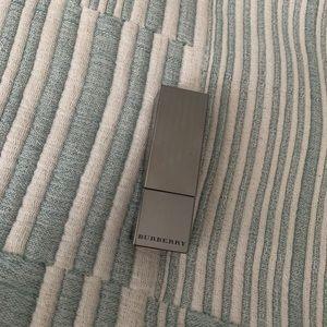 Burberry lipstick No.93 Russet